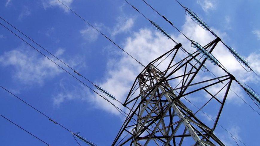 Il Consiglio federale ribadisce l'apertura totale del mercato elettrico